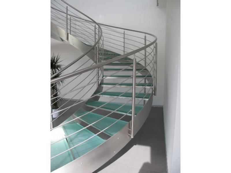 escalier balustrade inox design marches en verre  inoxdesign12