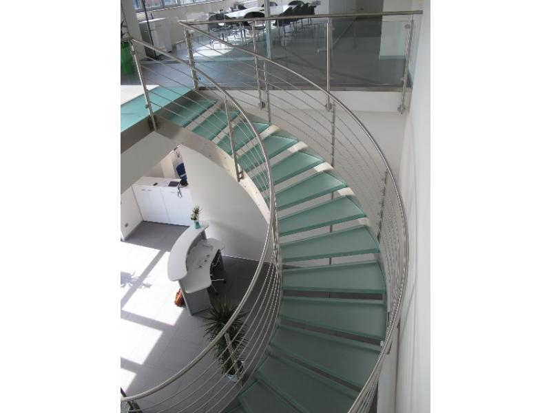 escalier balustrade inox design marches en verre  inoxdesign3