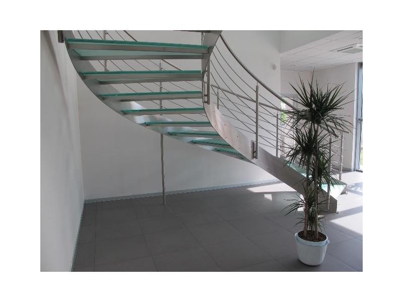 escalier balustrade inox design marches en verre  inoxdesign7