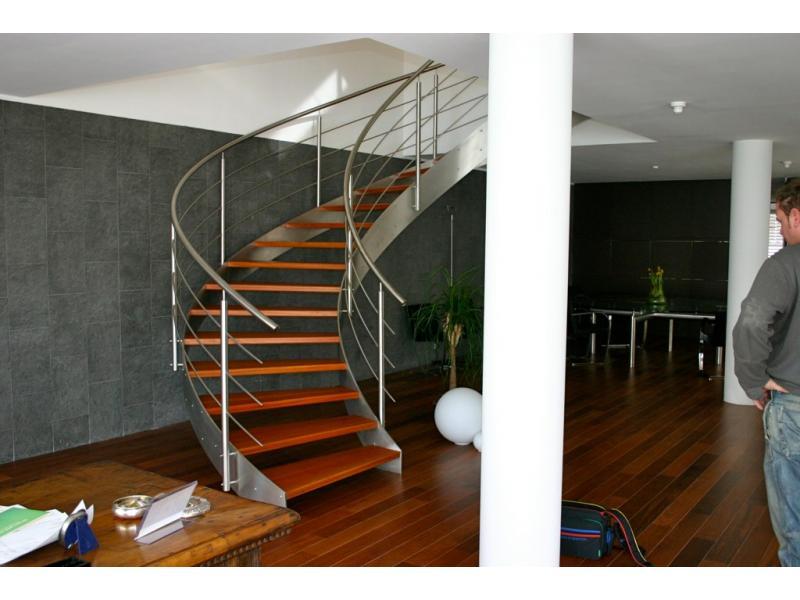 escalier inoxdesign img 0201 1