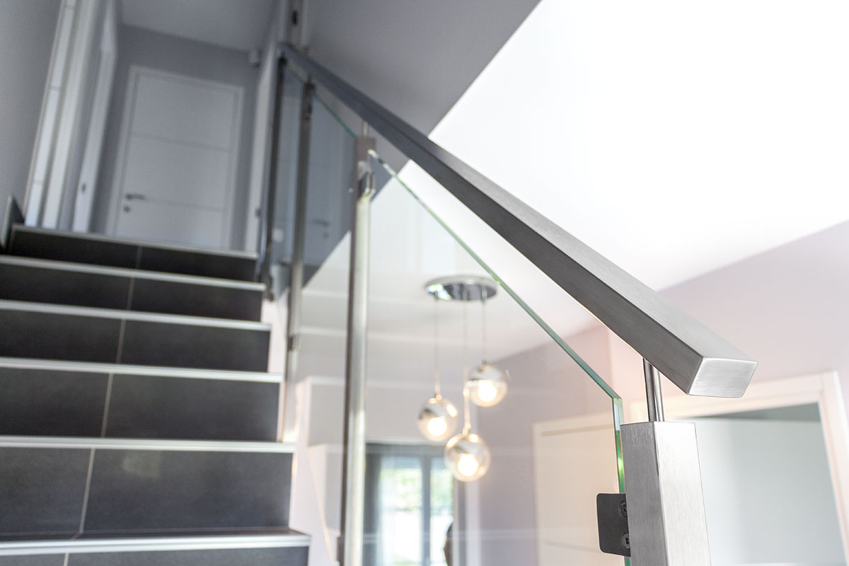 garde corps inox designgarde corps et rampe d 39 escalier inoxdesign. Black Bedroom Furniture Sets. Home Design Ideas