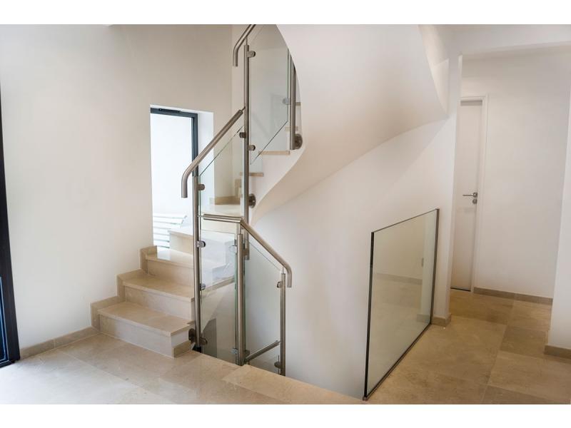 projet rénovation garde-corps verre escalier dans l'oise 60